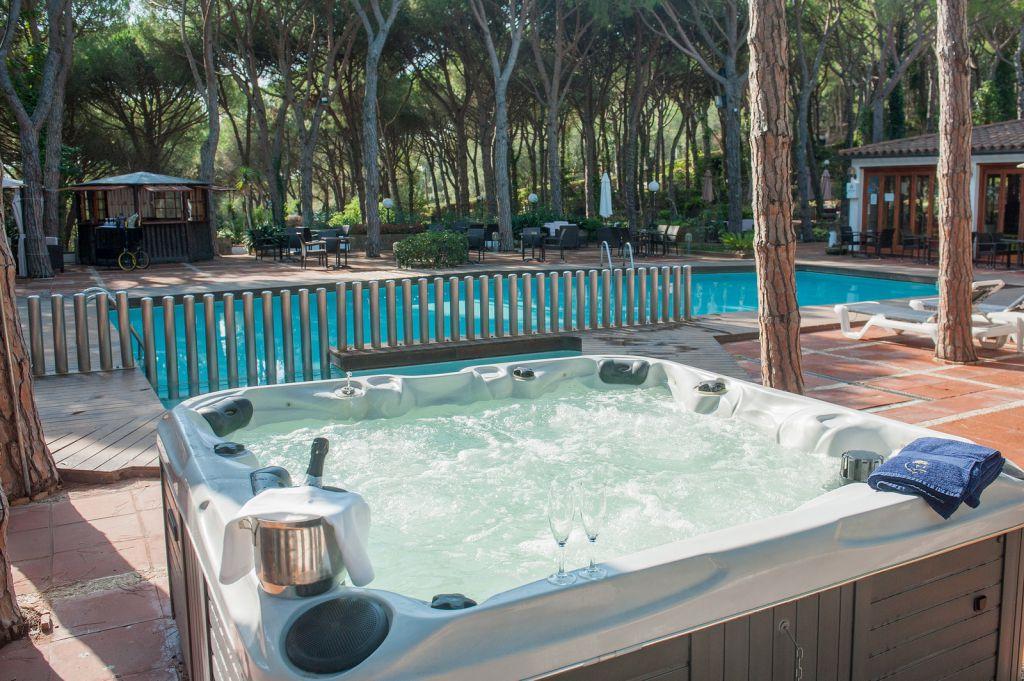 la oferta de relax y descanso al aire libre del hotel nada mejor para pasar las calurosas tardes de verano o las clidas maanas